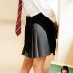 同級生に差をつけるオススメ通学用スニーカー!白一色でもおしゃれな通学シューズ選びのコツ